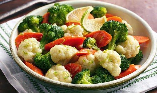 Mix 3- Saltiado de Brócolis, Couve flor e Abóbora